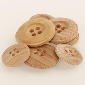 Boutons en bois clair 25 mm 502