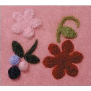 Moule pour faire des appliqués motif fleurs et baies
